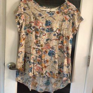 Lucy & Laurel hi-low blouse